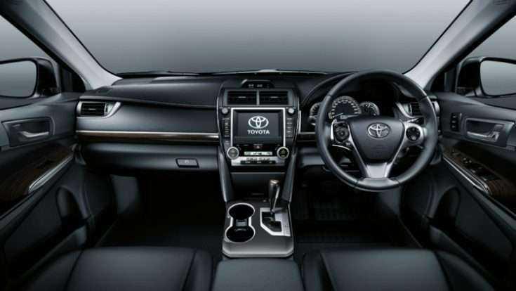 Салон Toyota Camry VII XV50