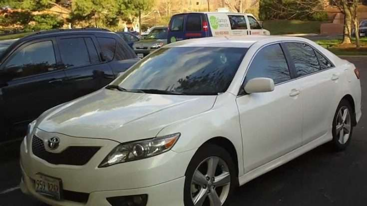 Тойота Камри 2010