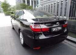 Toyota Camry в черном цвете