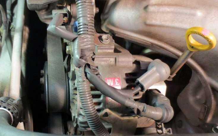 Расположение генератора Toyota Camry