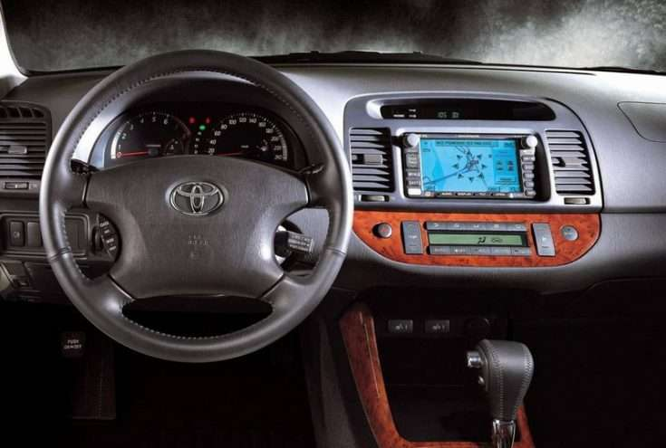 Интерьер Toyota Camry XV30