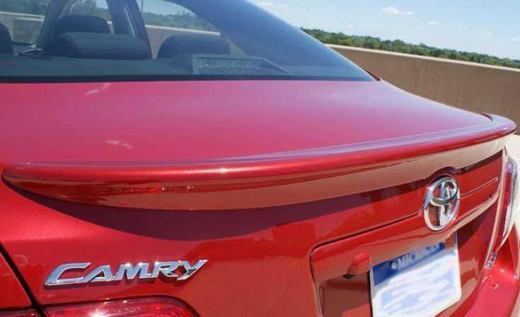Спойлер для Toyota Camry