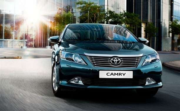 Toyota Camry XVII