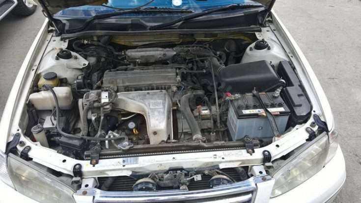 Вид на двигатель Toyota Camry Gracia