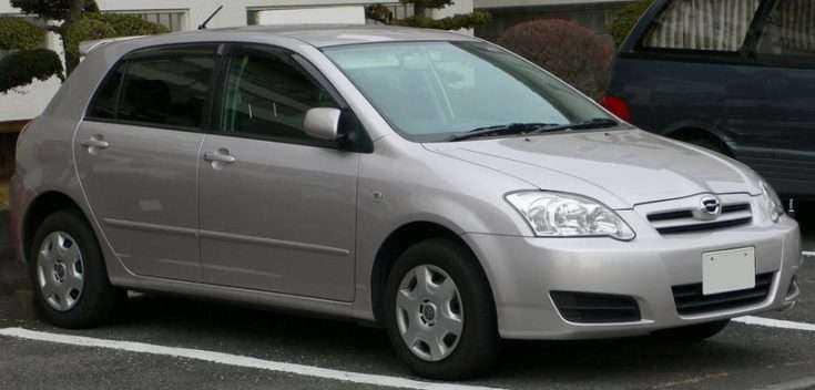 Toyota Corolla Runx фото
