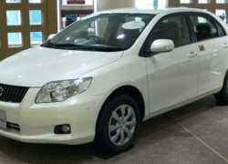 Внешний вид Toyota Corolla Axio