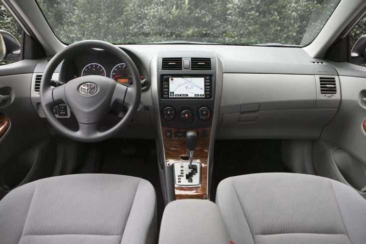 Фотография Toyota Corolla на вариаторе