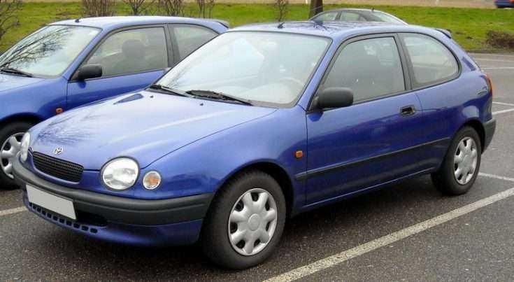 Тойота Королла E110 1997 в синем цвете