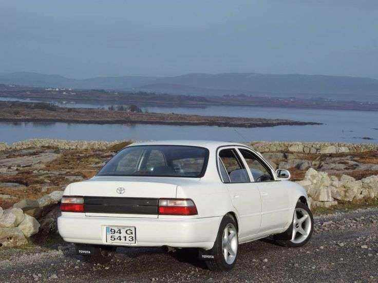 Toyota Corolla 1994 фотография