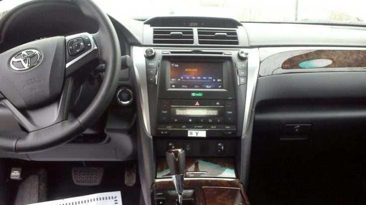 Интерьер Toyota Camry Comfort