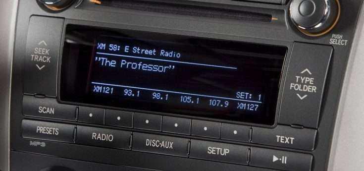 Штатная аудиосистема Тойота Королла 2011