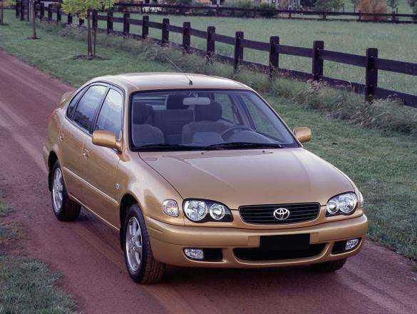 Toyota Corolla в комплектации Terra