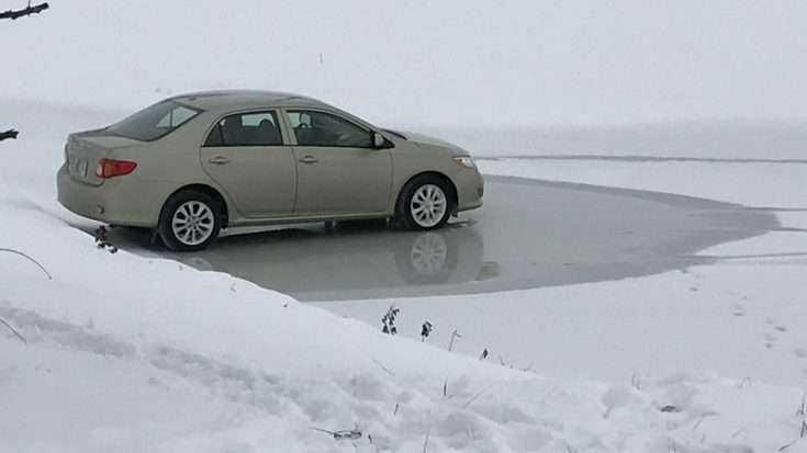 Toyota Corolla зимой